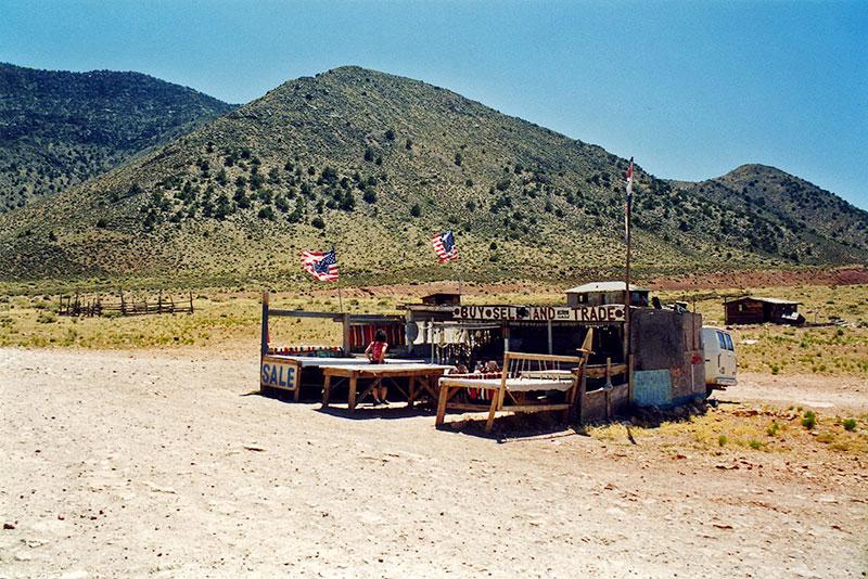 Outlet Navajo...in mezzo al nulla....